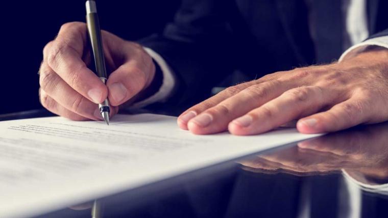 Contratación pública y privada
