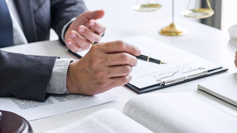 Asesoría y litigio en derecho comercial